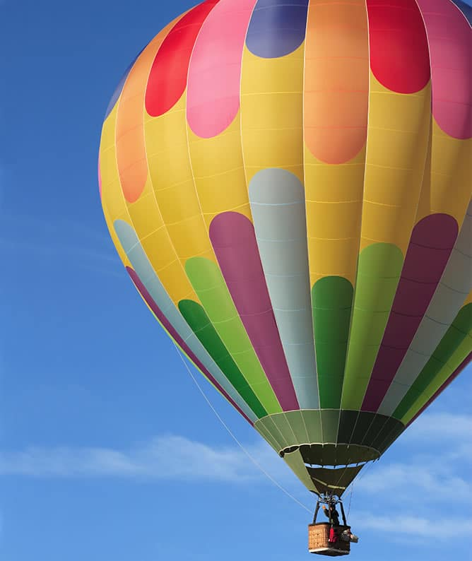 Hot airballoon adventures in the summer