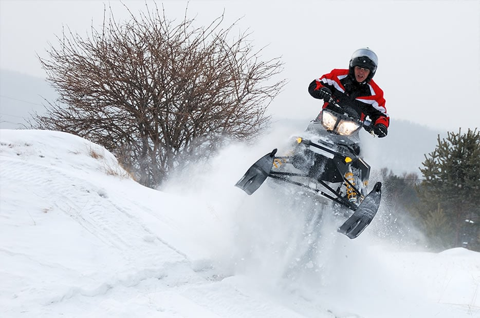 SnowmobilingAdventures2