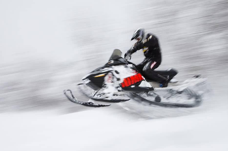 SnowmobilingAdventures3
