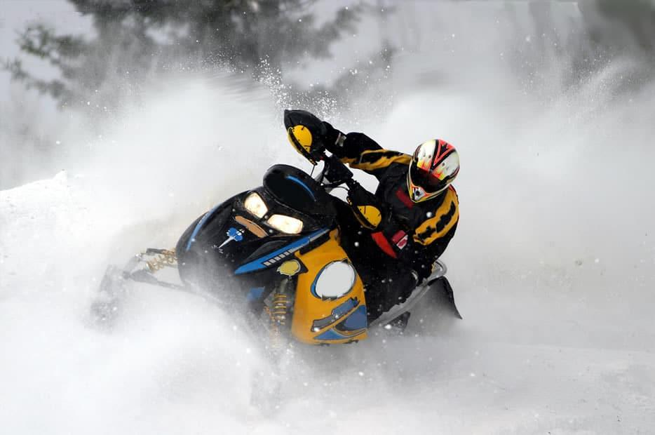 SnowmobilingAdventures4