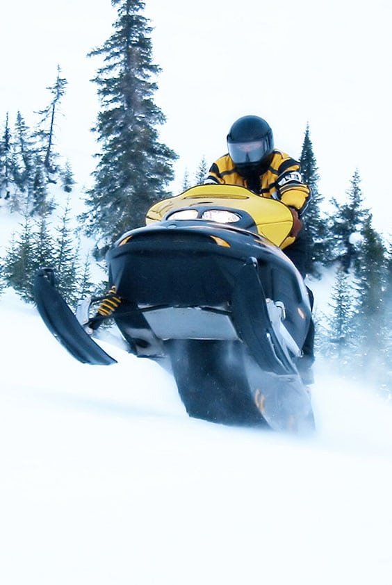 Winter-snowmobile-adventures-in-a-heavy-snow-fall